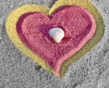 heart-in-sand